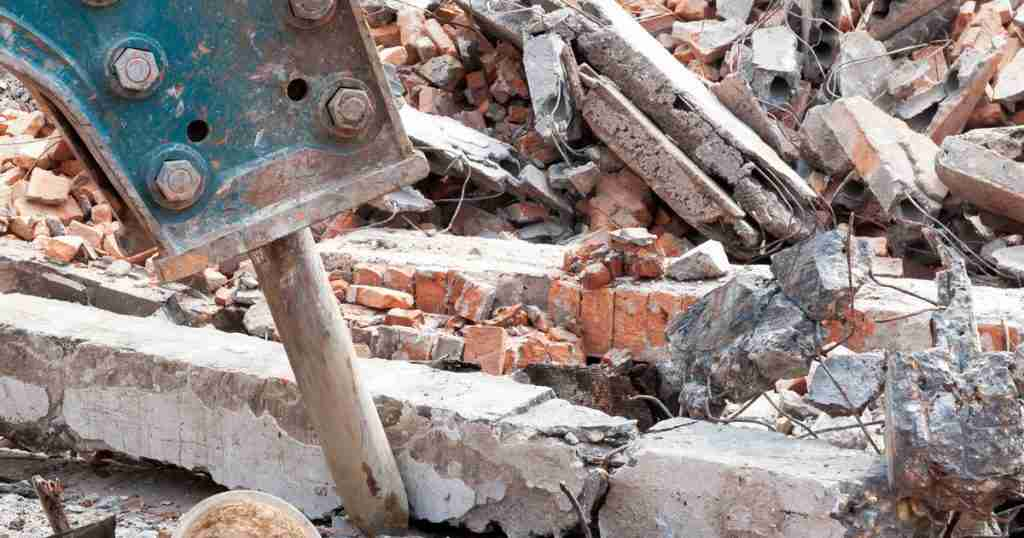 Construction Site Debris Injury Accident | New York Construction